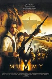 Film poster for the adventure movie The Mummy, featuring protagonists Rick and Evelyn in front of an ancient Egyptian ruin